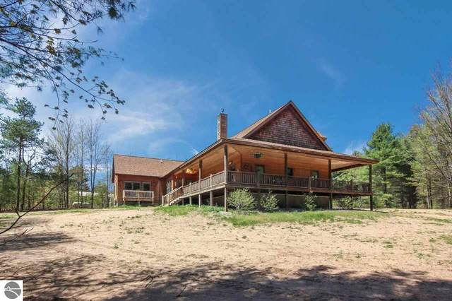 2367 Langs Lane, Interlochen, MI 49643 (MLS #1874921) :: CENTURY 21 Northland