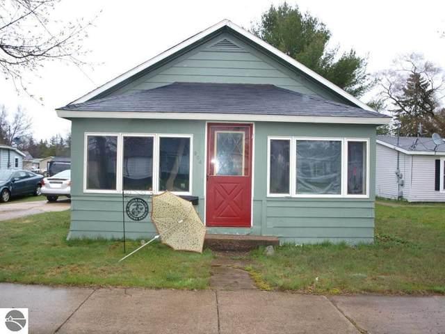 904 Park Street, Grayling, MI 49738 (MLS #1875001) :: CENTURY 21 Northland