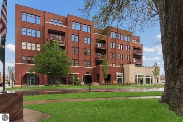215 Washington Street 2-D, Traverse City, MI 49684 (MLS #1875159) :: Team Dakoske | RE/MAX Bayshore