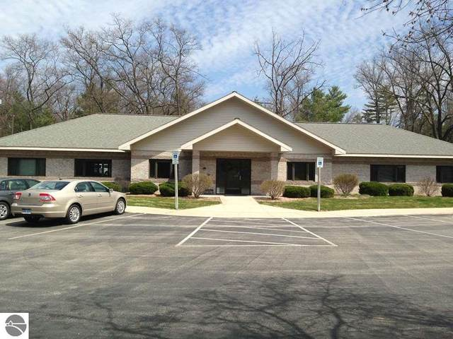 815 Business Park Drive, Traverse City, MI 49686 (MLS #1875186) :: Brick & Corbett