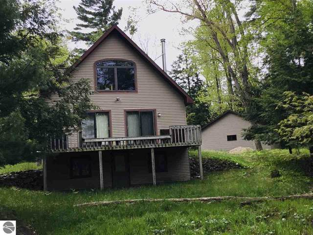 6166 W Crystal Bend Drive, Glen Arbor, MI 49636 (MLS #1875282) :: Michigan LifeStyle Homes Group