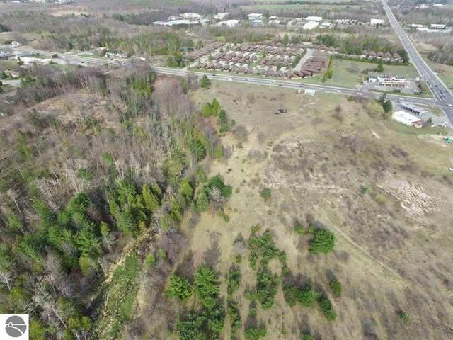 Lot B Hammond, Traverse City, MI 49686 (MLS #1875283) :: Michigan LifeStyle Homes Group