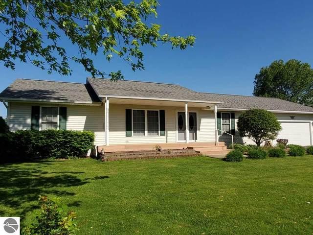 1069 Isabella Vista Drive, Lake Isabella, MI 48893 (MLS #1875342) :: CENTURY 21 Northland