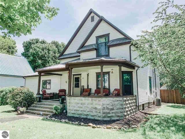 311 W Orchard Avenue, Shepherd, MI 48883 (MLS #1875360) :: Boerma Realty, LLC