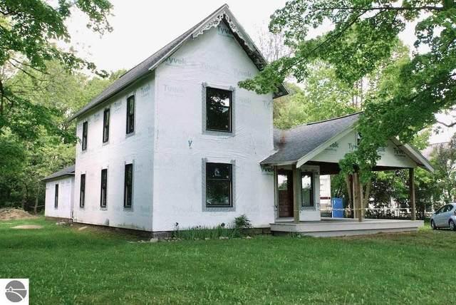 229 Main Street, Blanchard, MI 49310 (MLS #1875412) :: CENTURY 21 Northland