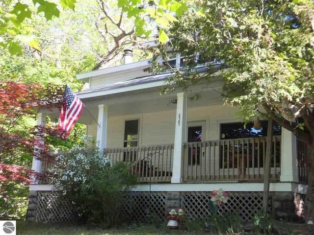 829 Beech Street, Frankfort, MI 49635 (MLS #1875603) :: Michigan LifeStyle Homes Group