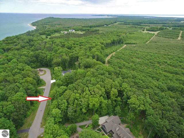 Lot 19 N Foxview Drive, Northport, MI 49670 (MLS #1875658) :: Michigan LifeStyle Homes Group