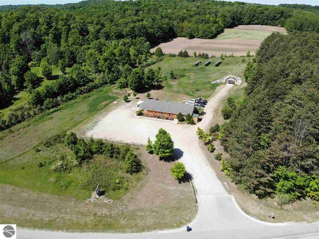 3324 S West Bay Shore, Suttons Bay, MI 49682 (MLS #1875849) :: Michigan LifeStyle Homes Group