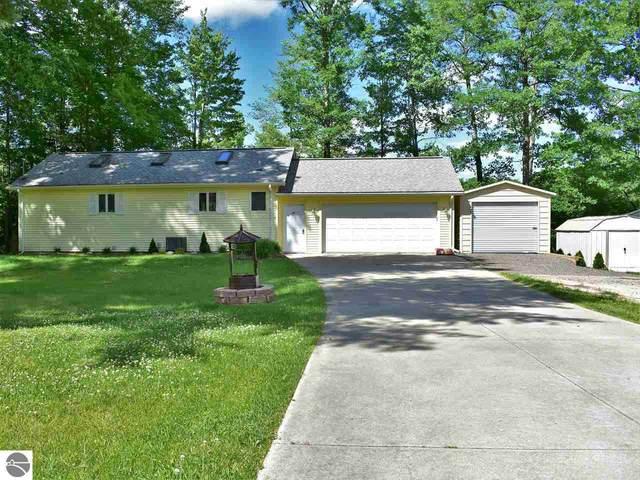 1510 S Forest Lake Drive, Alger, MI 48610 (MLS #1875963) :: Brick & Corbett
