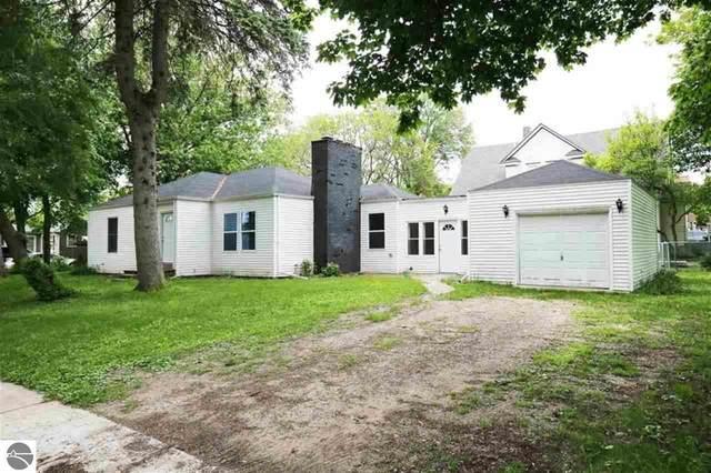 302 W Hall Street, Shepherd, MI 48883 (MLS #1875983) :: Boerma Realty, LLC