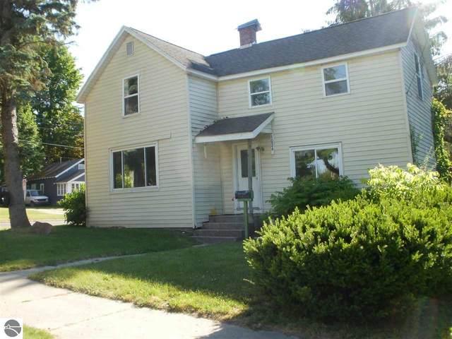 1024 Laurel Street, Cadillac, MI 49601 (MLS #1876066) :: Brick & Corbett