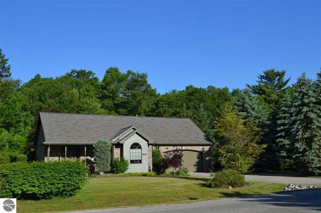 7109 Cedar Lake Road, Oscoda, MI 48750 (MLS #1876107) :: Michigan LifeStyle Homes Group