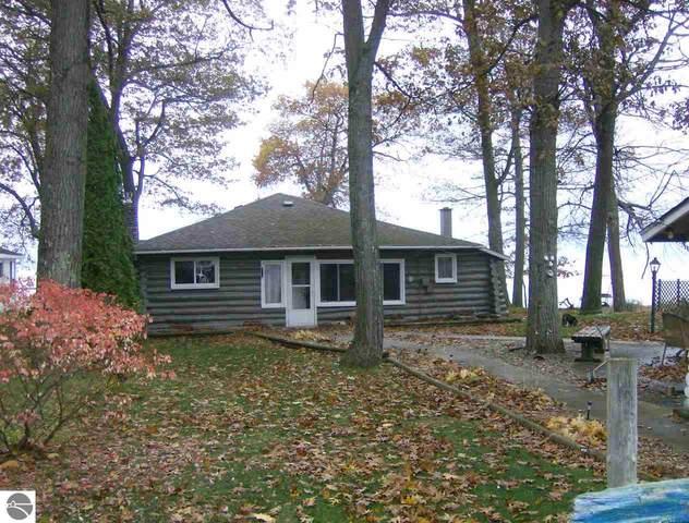 968 Huron Street, East Tawas, MI 48730 (MLS #1876209) :: Michigan LifeStyle Homes Group