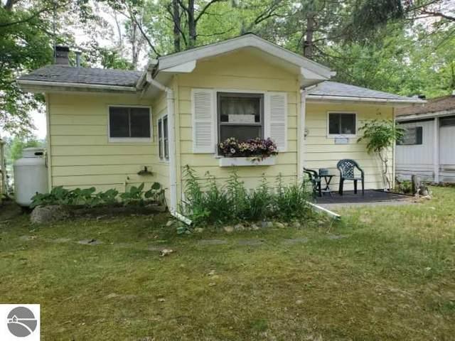 9174 Penasha Drive, Reed City, MI 49677 (MLS #1876226) :: Brick & Corbett