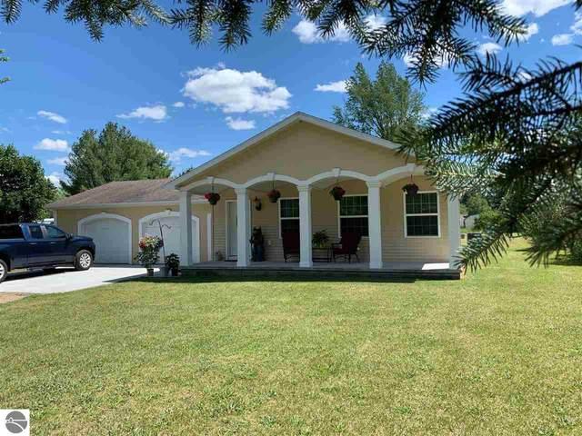 6545 W Goose Lake Road, Lake City, MI 49651 (MLS #1876466) :: Brick & Corbett