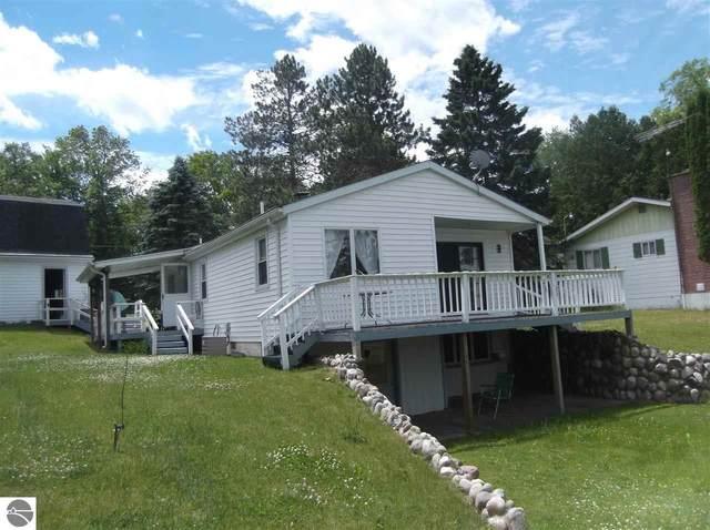 8332 Avalon Drive, Hale, MI 48739 (MLS #1876496) :: Michigan LifeStyle Homes Group