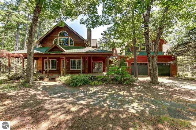 6268 W Cottage Lane, Glen Arbor, MI 49636 (MLS #1876661) :: Brick & Corbett