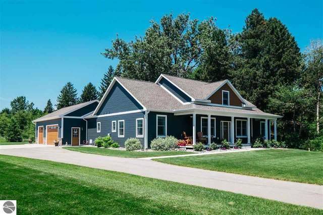 5552 Marquette Drive, Traverse City, MI 49685 (MLS #1876669) :: Michigan LifeStyle Homes Group