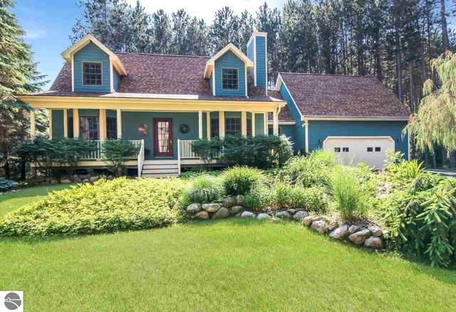 6710 Vienna Way, Bellaire, MI 49615 (MLS #1876787) :: Michigan LifeStyle Homes Group