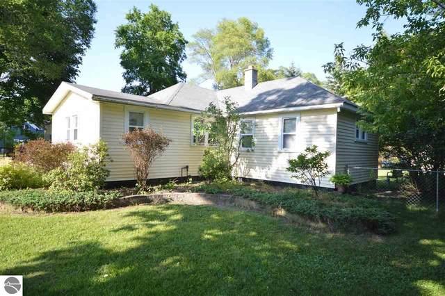 611 Cedar Street, Elk Rapids, MI 49629 (MLS #1876792) :: Brick & Corbett