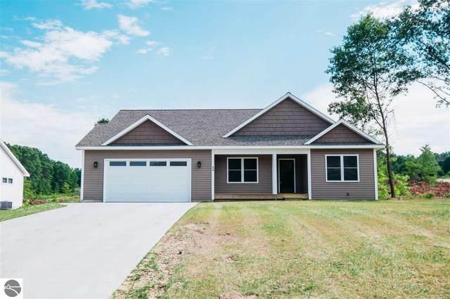 470 Farm Lane, Traverse City, MI 49696 (MLS #1876900) :: Michigan LifeStyle Homes Group