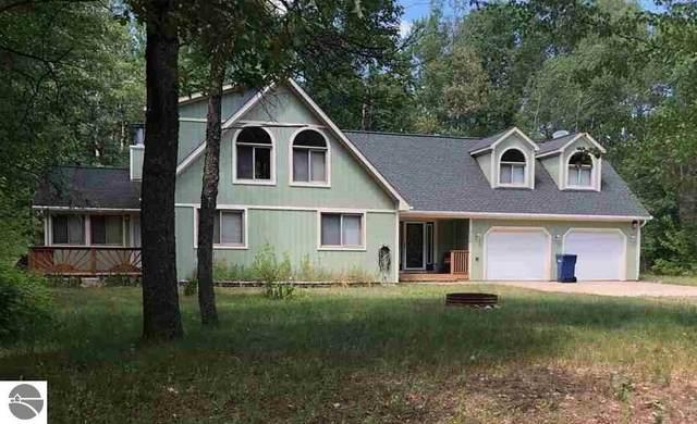 6142 Birchwood Drive, Lake, MI 48632 (MLS #1876983) :: CENTURY 21 Northland