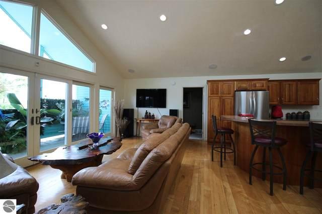 204 Saint Joseph Street, Suttons Bay, MI 49682 (MLS #1877098) :: Boerma Realty, LLC