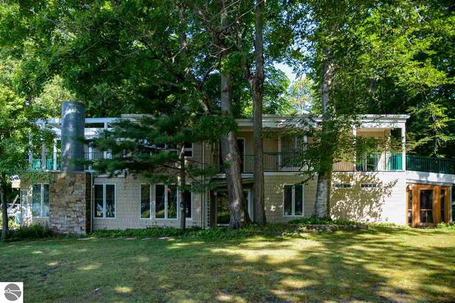 7181 W Day Forest Drive, Empire, MI 49630 (MLS #1877113) :: Boerma Realty, LLC
