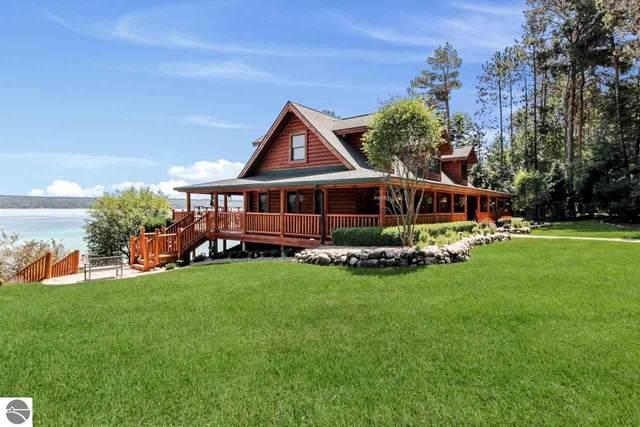 1897 Haywards Pine Trail, Kewadin, MI 49648 (MLS #1877127) :: Michigan LifeStyle Homes Group