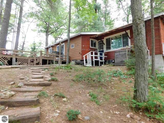 2308 Oak Trail #1, West Branch, MI 48661 (MLS #1877308) :: Brick & Corbett