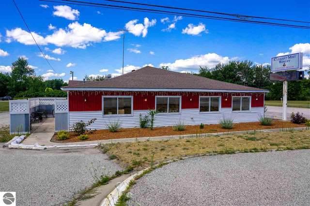 5480 W Isabella Road, Shepherd, MI 48883 (MLS #1877389) :: Boerma Realty, LLC