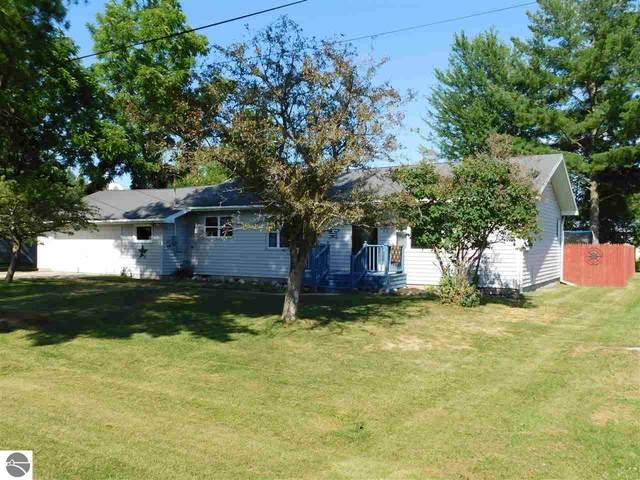 107 Eighth Avenue, Tawas City, MI 48763 (MLS #1877403) :: Michigan LifeStyle Homes Group