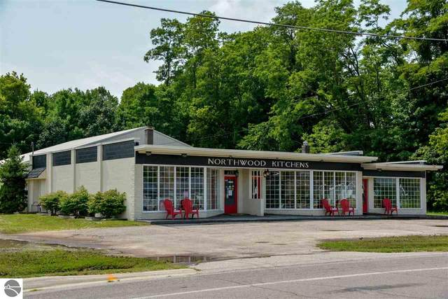 10240 Cherry Bend Road, Traverse City, MI 49684 (MLS #1877521) :: Team Dakoske | RE/MAX Bayshore