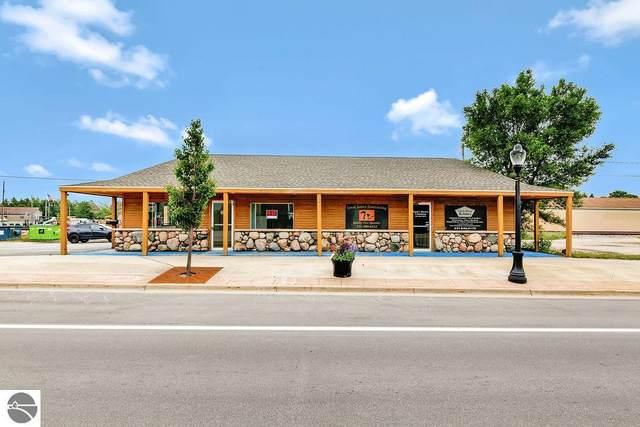 215 S Cedar Street, Kalkaska, MI 49646 (MLS #1877572) :: Brick & Corbett