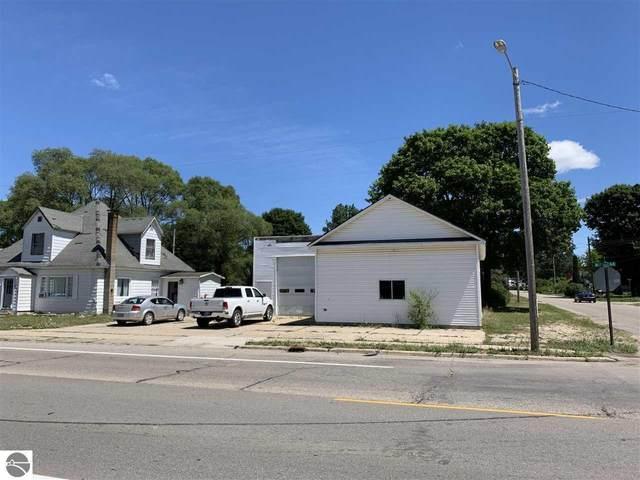 504 N Michigan, Manton, MI 49663 (MLS #1877612) :: Michigan LifeStyle Homes Group