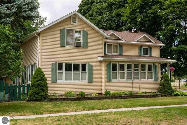 202 S Kinney, Mt Pleasant, MI 48848 (MLS #1877805) :: Michigan LifeStyle Homes Group