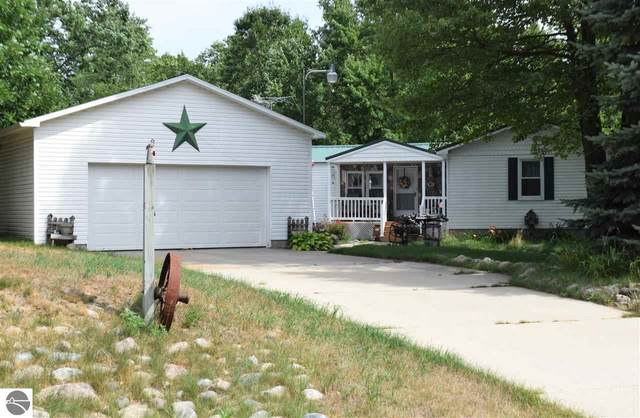 2922 Old State Road, Weidman, MI 48893 (MLS #1877871) :: Michigan LifeStyle Homes Group