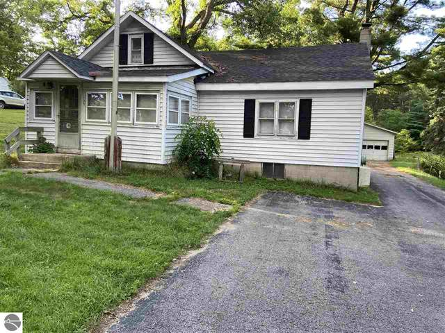 125 E Front Street, Fife Lake, MI 49633 (MLS #1877886) :: Michigan LifeStyle Homes Group