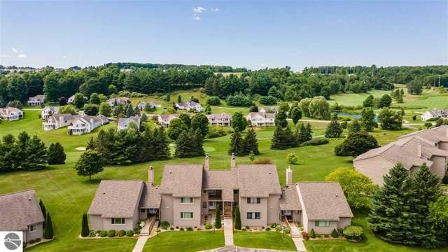 2683 Green Meadows Drive, Traverse City, MI 49685 (MLS #1878001) :: Michigan LifeStyle Homes Group