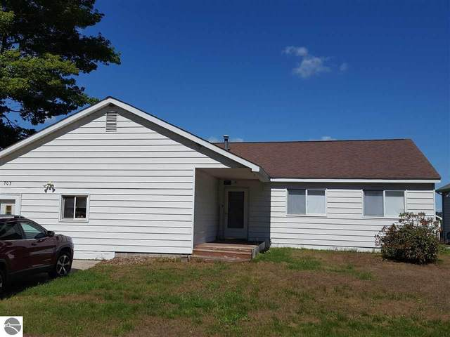 703 Rainbow Drive, East Tawas, MI 48730 (MLS #1878010) :: Michigan LifeStyle Homes Group