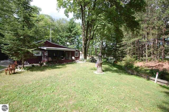 3732 Ste. Marie Court, West Branch, MI 48661 (MLS #1878047) :: Michigan LifeStyle Homes Group