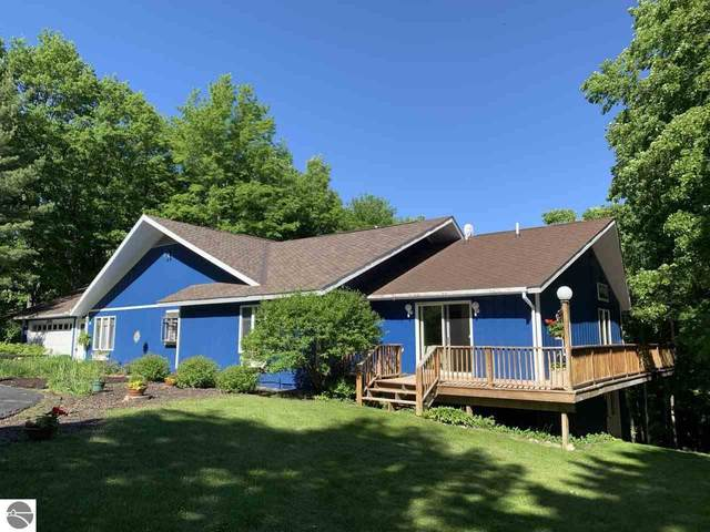 5100 Shanty Creek Road, Bellaire, MI 49615 (MLS #1878098) :: CENTURY 21 Northland
