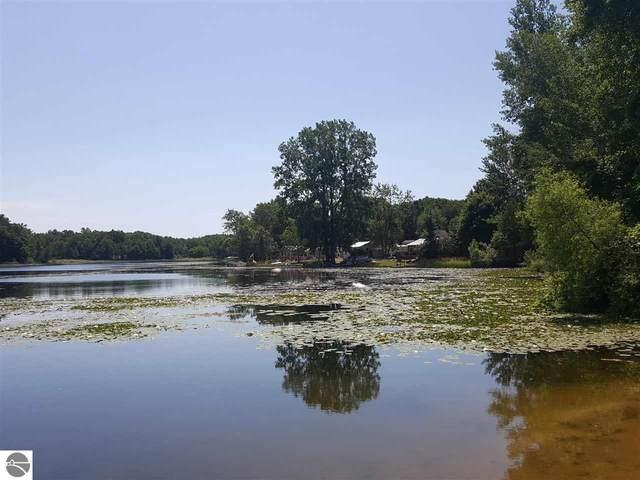 8796 Otterside Drive, Farwell, MI 48622 (MLS #1878197) :: Michigan LifeStyle Homes Group