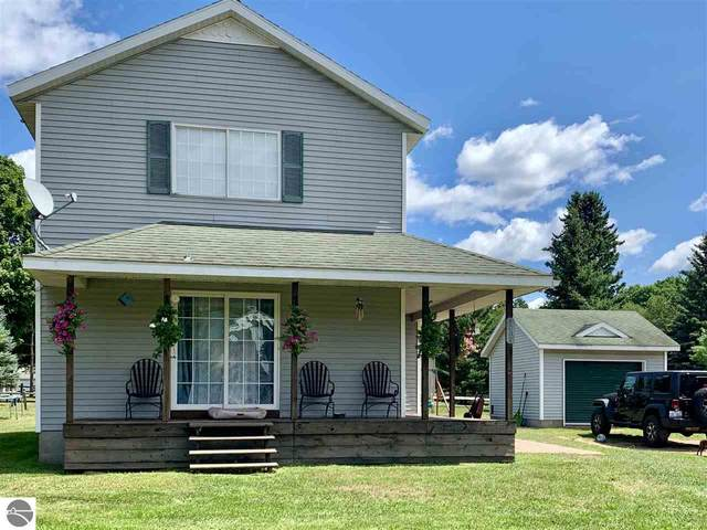 6037 Cedar Drive, Cadillac, MI 49601 (MLS #1878310) :: Team Dakoske | RE/MAX Bayshore