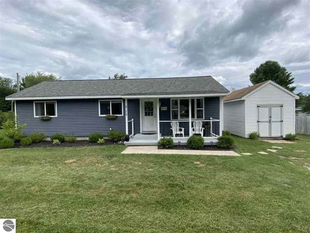 6179 Sunset Drive, Lake Ann, MI 49650 (MLS #1878312) :: Team Dakoske | RE/MAX Bayshore