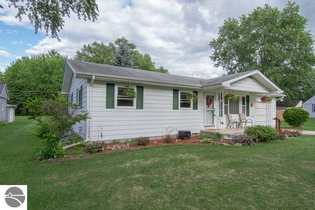 425 Moyer Avenue, Alma, MI 48801 (MLS #1878315) :: Team Dakoske | RE/MAX Bayshore