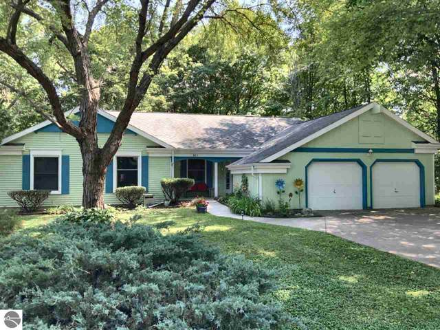 801 Oakland Drive, Mt Pleasant, MI 48858 (MLS #1878319) :: Team Dakoske | RE/MAX Bayshore