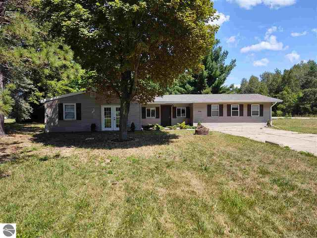 4784 1st Street, Barryton, MI 49305 (MLS #1878326) :: Michigan LifeStyle Homes Group
