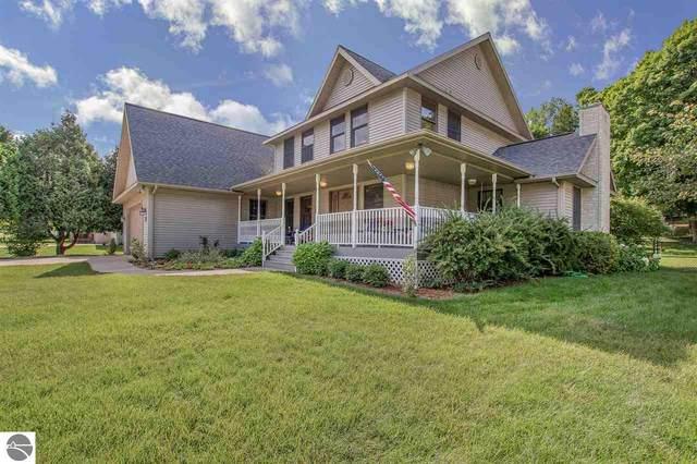 138 George Street, Frankfort, MI 49635 (MLS #1878344) :: Michigan LifeStyle Homes Group