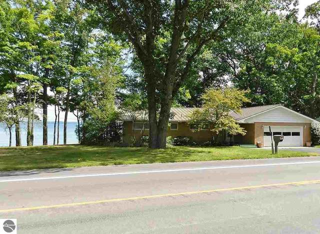 10169 SW Bay Shore Drive, Traverse City, MI 49684 (MLS #1878470) :: Michigan LifeStyle Homes Group